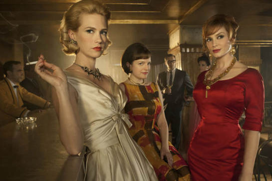 Betty (January Jones), Peggy (Elizabeth Moss) and Joan (Christina Hendricks), Mad Men, AMC.